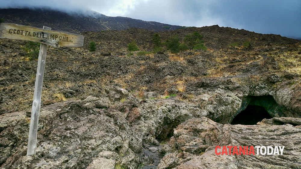 etna: trekking da piano provenzana alla pineta ragabo-2