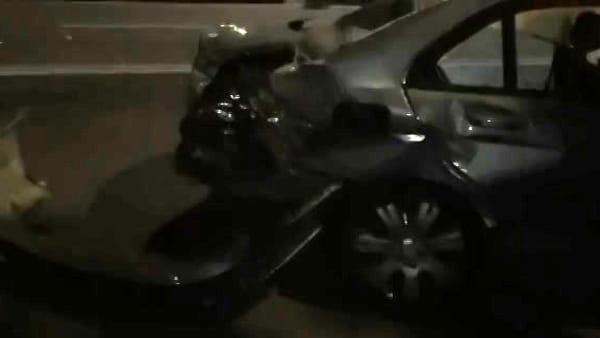 Incidente tra quattro auto in via Raffaello Sanzio - VIDEO