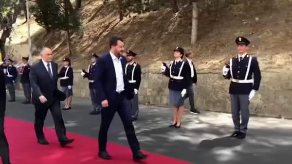 L'arrivo di Matteo Salvini a Caltagirone | Video