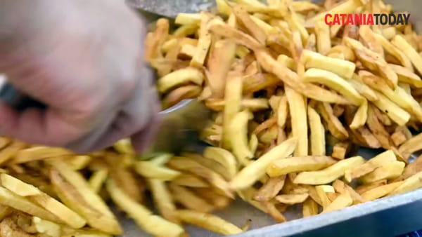 Catania food trucks: il panino perfetto di Piero Burger | Video