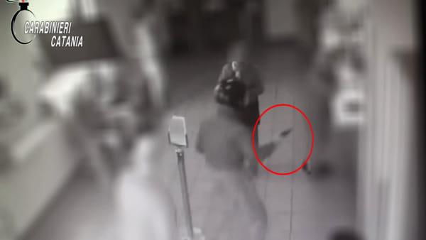 Rapinatori seriali prendevano di mira negozi nell'acese | Video