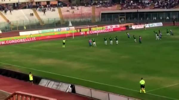 Il Catania segna due gol contro la Virtus Francavilla | Video