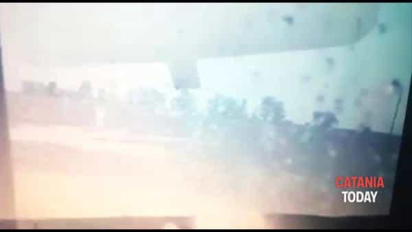 Esplodono le tubature del consorzio di bonifica alla Piana di Catania | Video