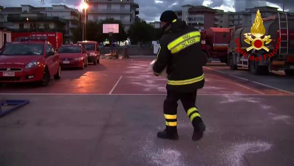 Terremoto: rafforzata la logistica alla base operativa dei vigili del fuoco | VIDEO