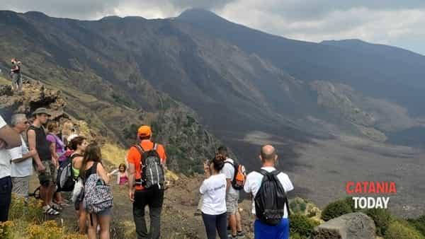 Etna trekking - Sentiero Schiena dell'Asino