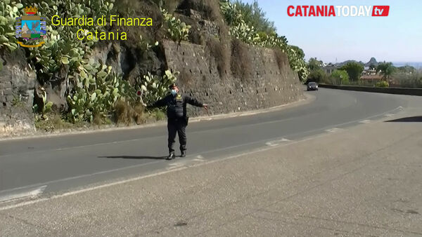 La guardia di finanza in campo per i controlli pasquali | Video