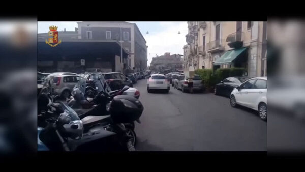 Rapine a tir e furti in appartamento, 13 arresti | Video