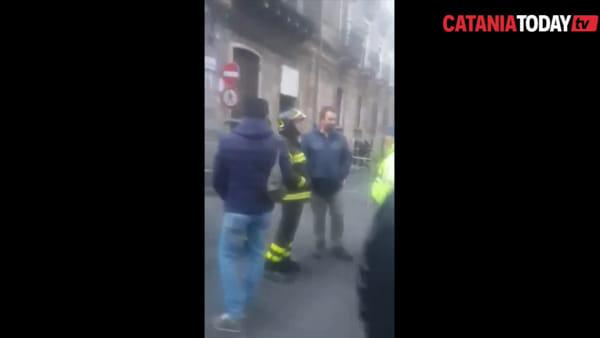 Crollo in via Castromarino, evacuata una palazzina | Video