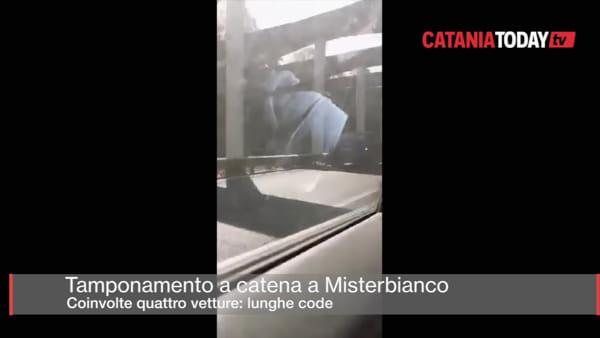 Incidente stradale a Misterbianco, tamponamento tra quattro auto: lunghe code