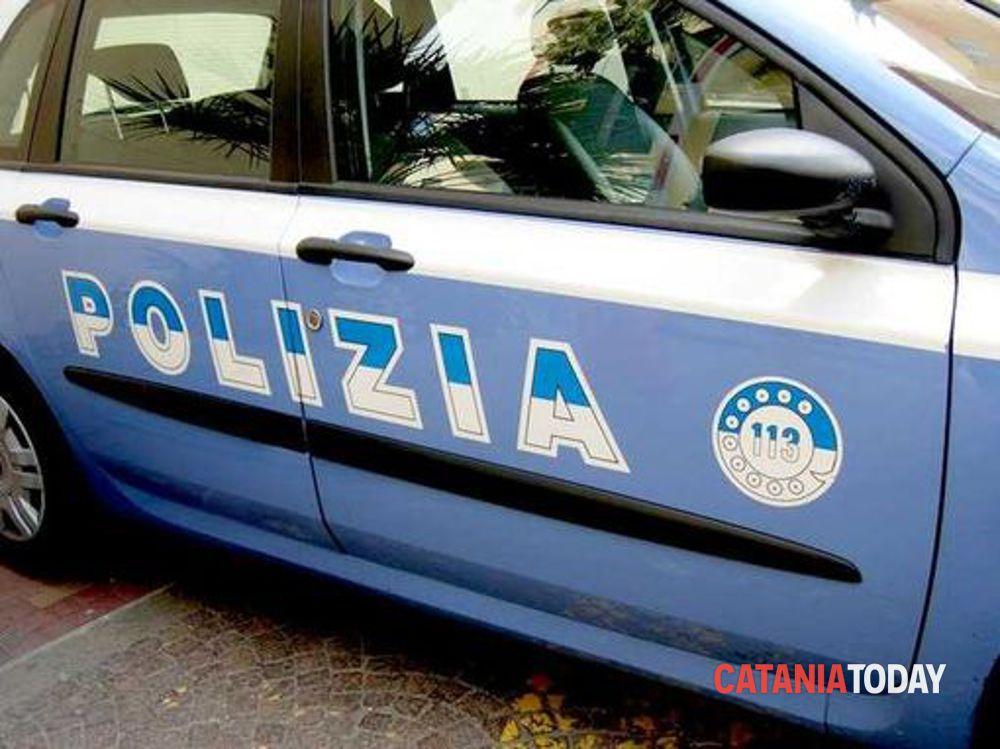 Armi, droga e permesso di soggiorno scaduto, i controlli della polizia